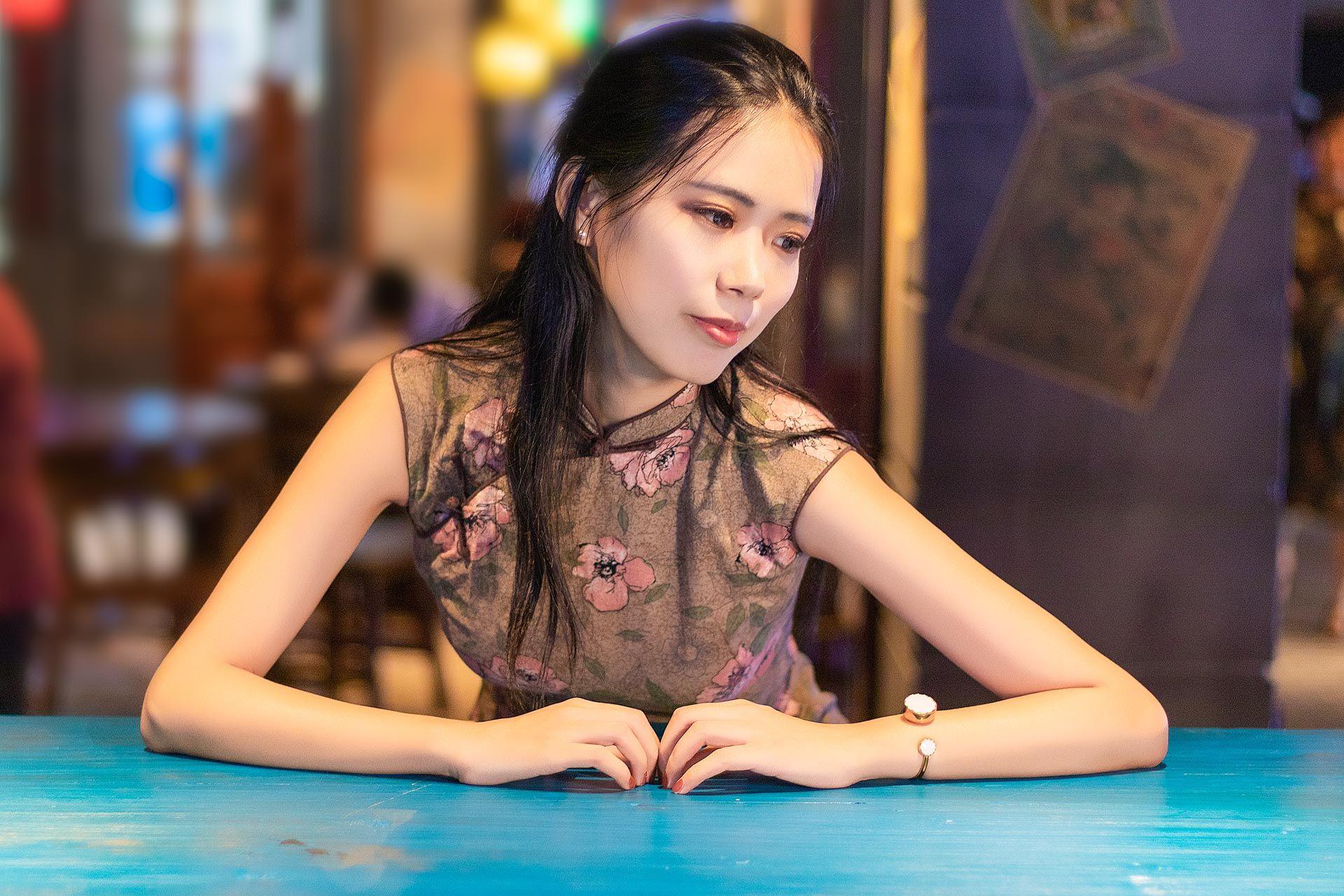 2018-08-09 世纪汇广场地下二层 老上海场景 偏复古风_模特又又的返片