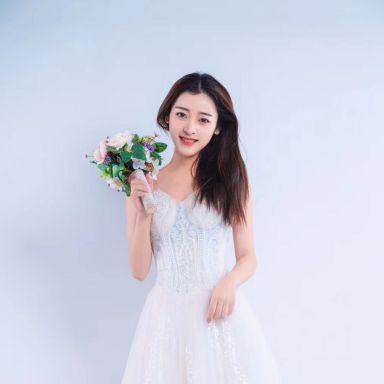 2019-02-13 婚纱棚拍_摄影师晦恩 模特韩婷