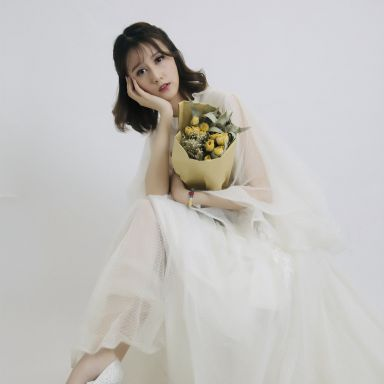 2019-02-24 婚纱棚拍_摄影师食草经济?#35270;?#30007;的返片