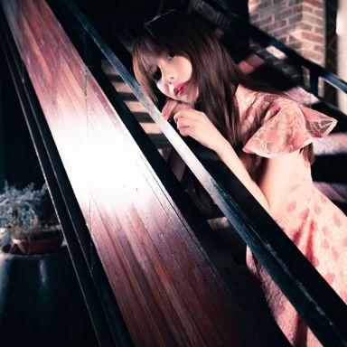 2019-02-28 田子坊街拍  拍改良旗袍 和 吊带配短裤_摄影师光?#21453;?#21460;的返片