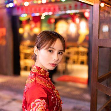 2019-03-05 世纪汇广场 中式婚纱和礼服 2件?#36335;摄影师蒋俞欢的返片