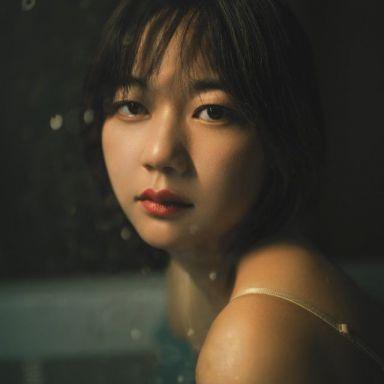 2019-04-13 酒店室內 藍色一字肩連衣裙_攝影師江南小生的返片