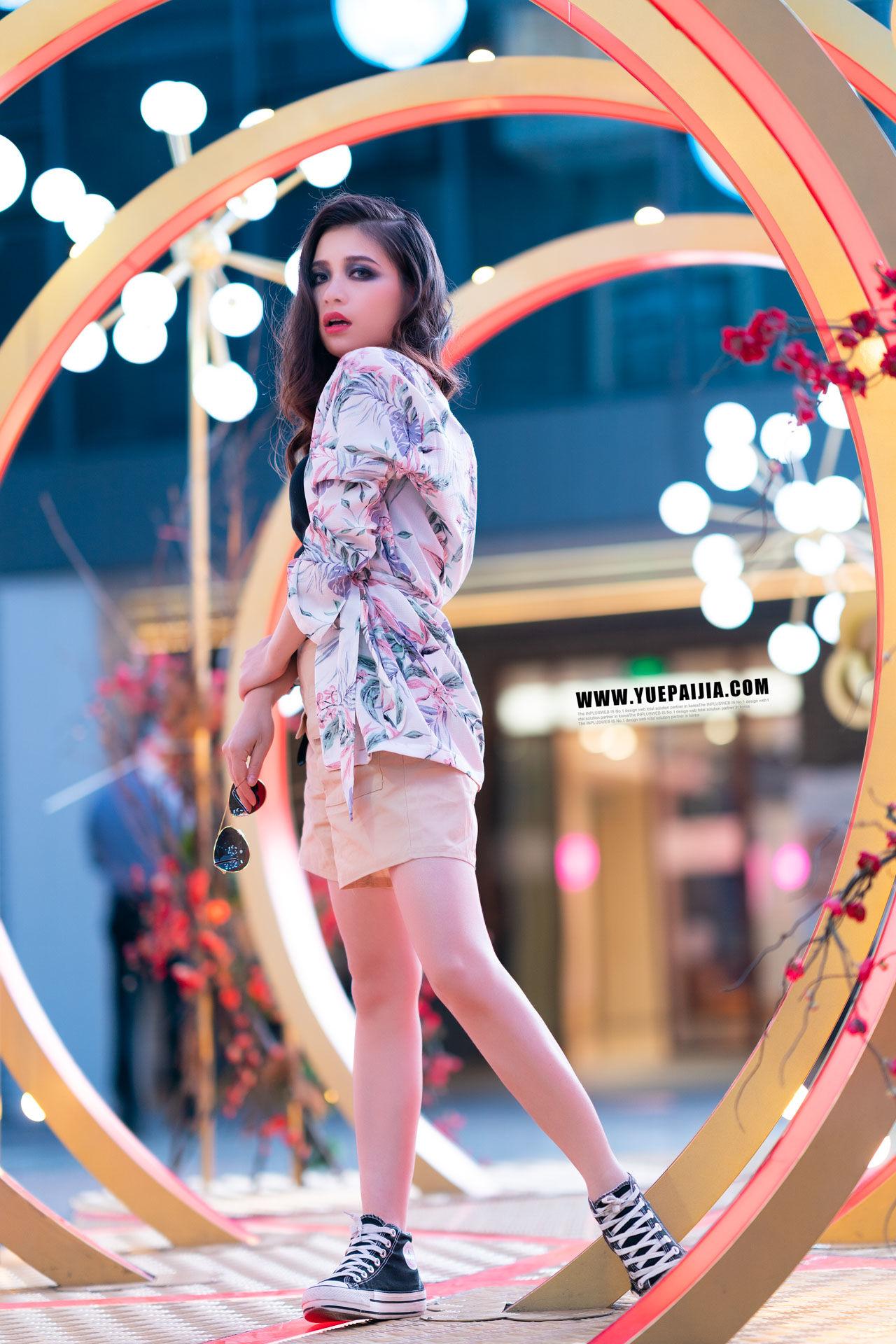 2019-06-11 豐盛里 妝面夜景街拍_攝影師蔣俞歡 模特凌蘭